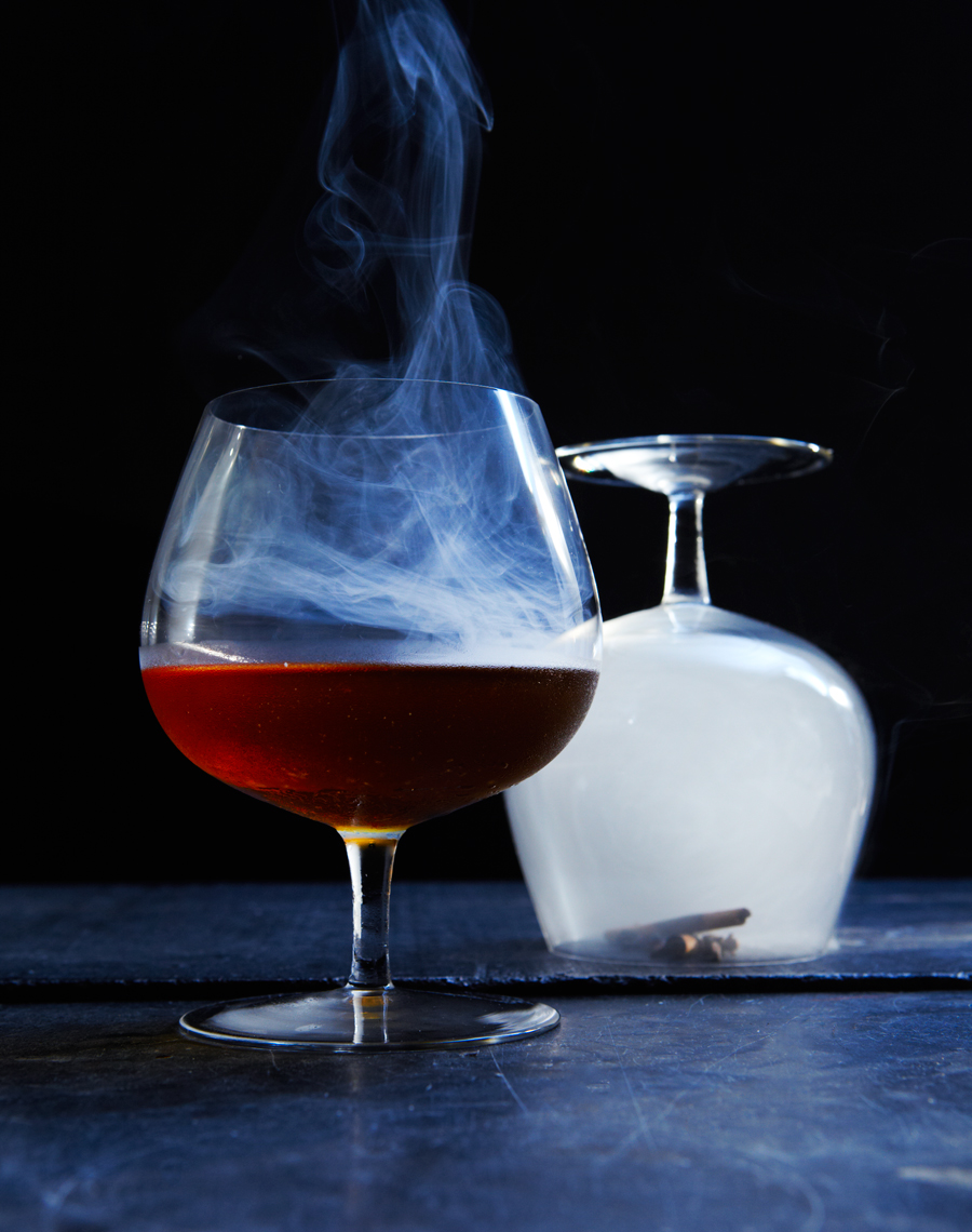 120914_GATHER_JOURNAL_Smoke&Ash11_smoked_cocktail_v1-641