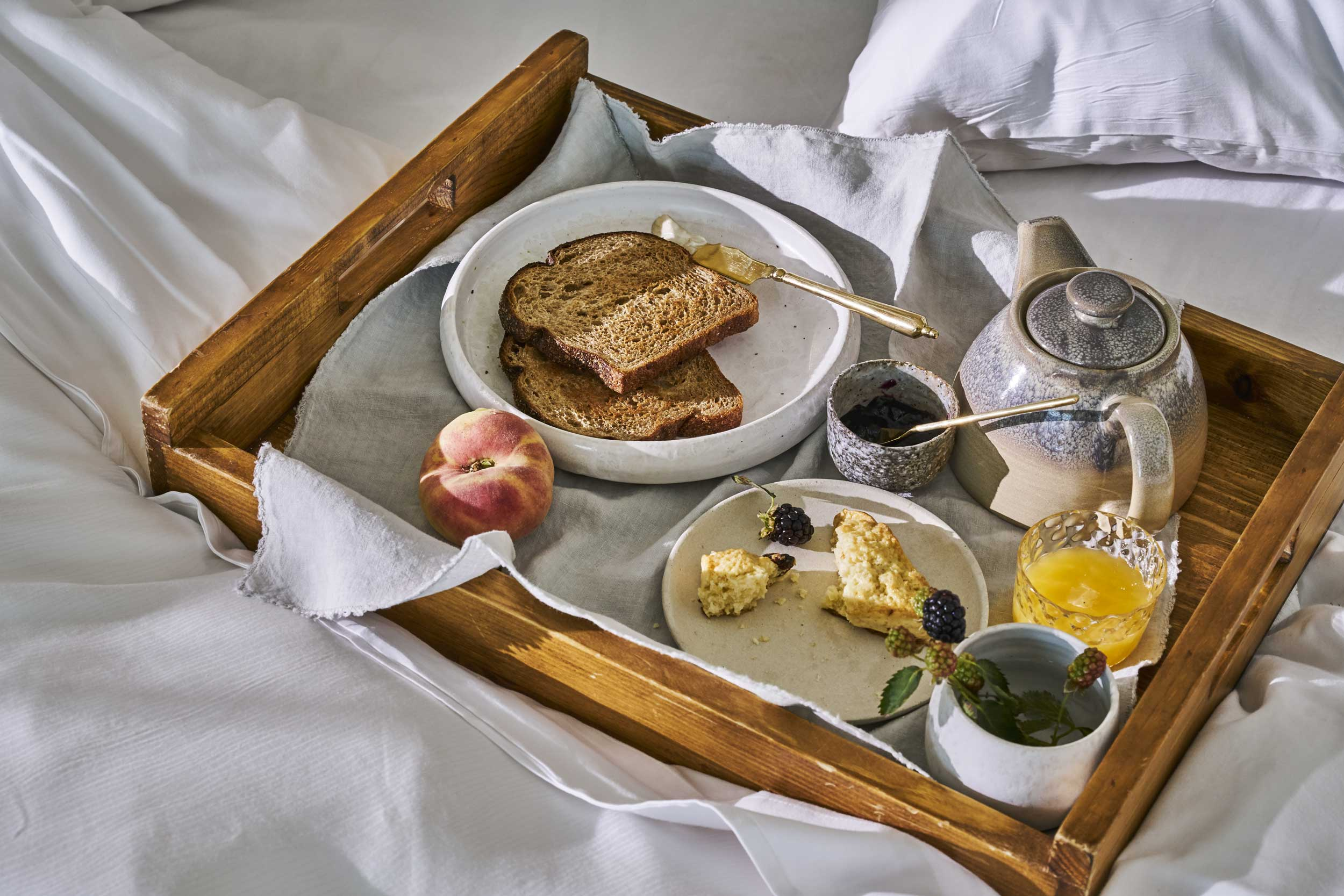 180625_AUBERGE_BREAKFAST_IN_BED_137